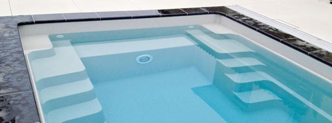 Kunststof zwembaden for Opbouw zwembaden
