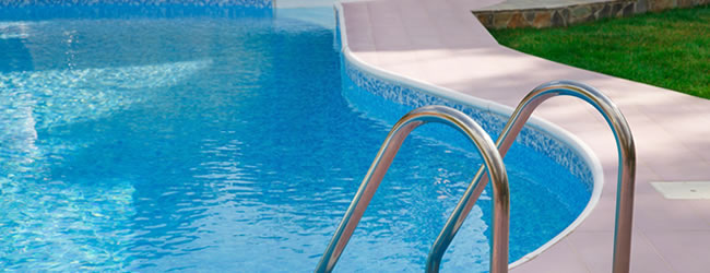 Metalen opzetzwembaden plaatsen prijs tips advies for Polyester zwembad goedkoop