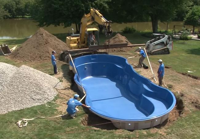 Monoblock polyester zwembaden plaatsen prijs tips advies for Zwembad plaatsen in tuin