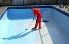 Pleister zwembad bouwen prijs tips advies for Zelf zwembad bouwen betonblokken